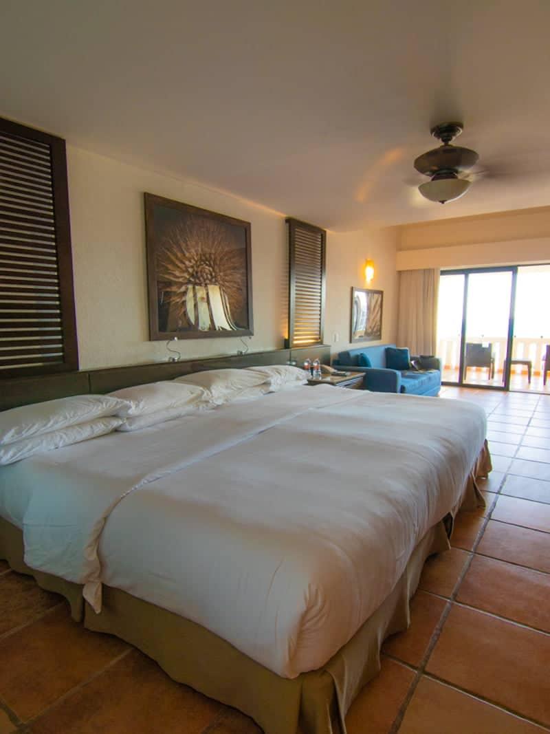 Hyatt Ziva Cabo king room
