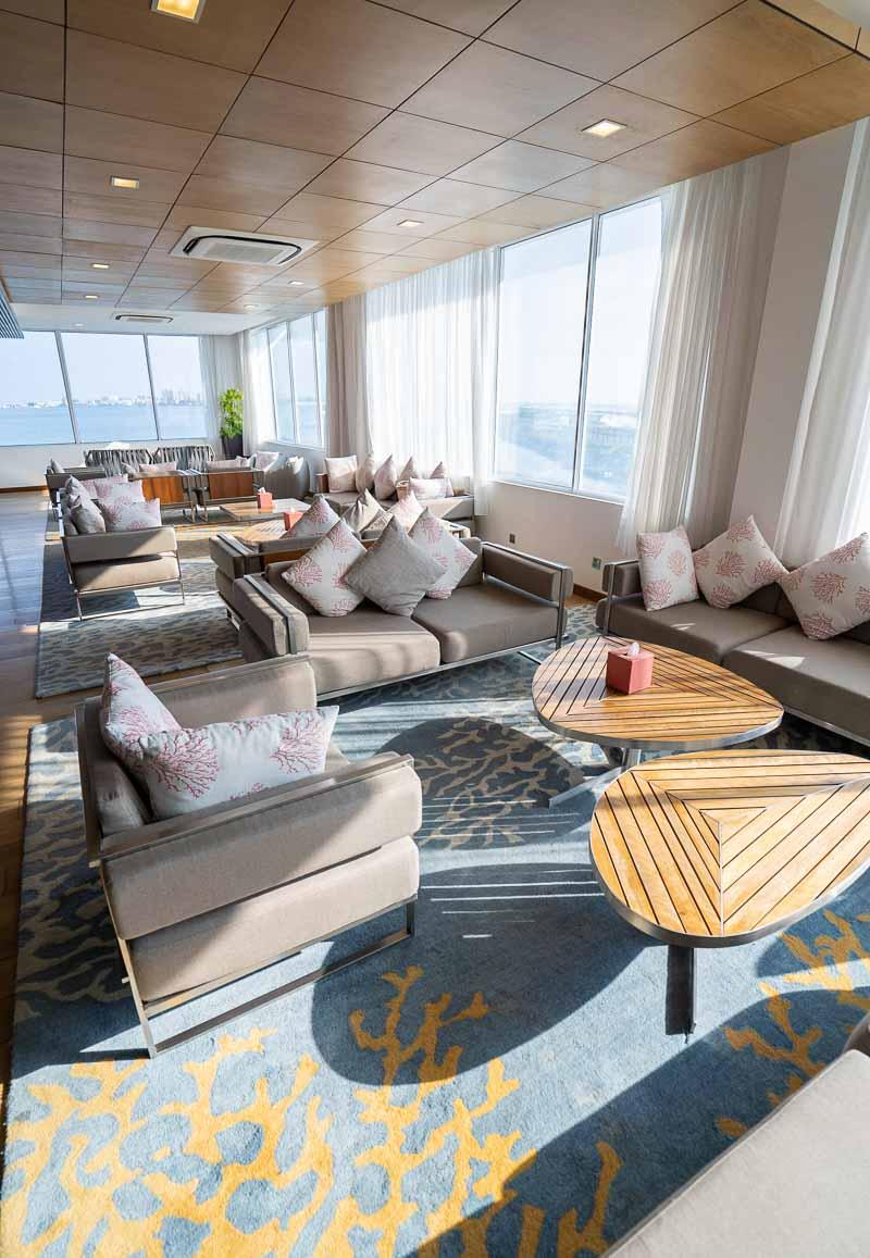 lounge at male airport for niyama maldives