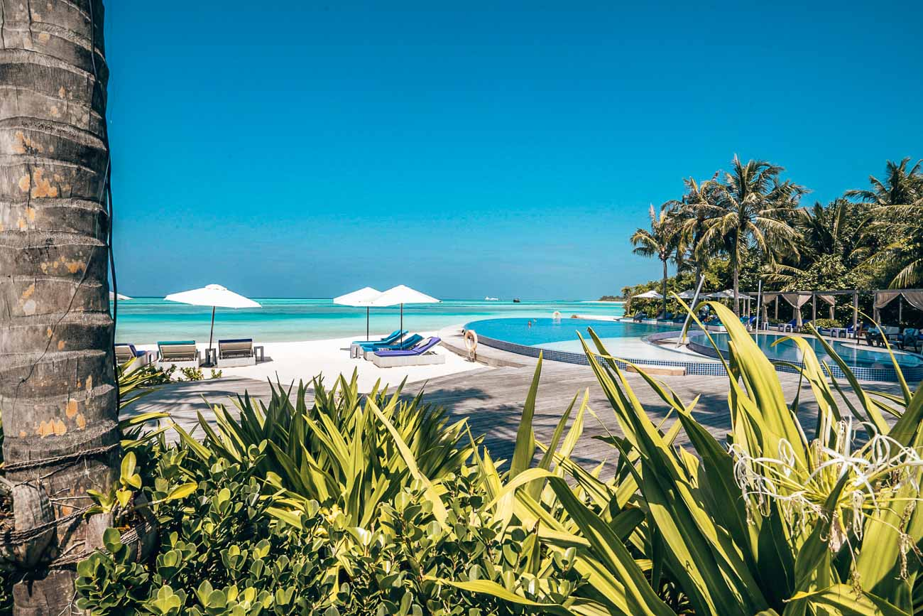 pool niyama maldives