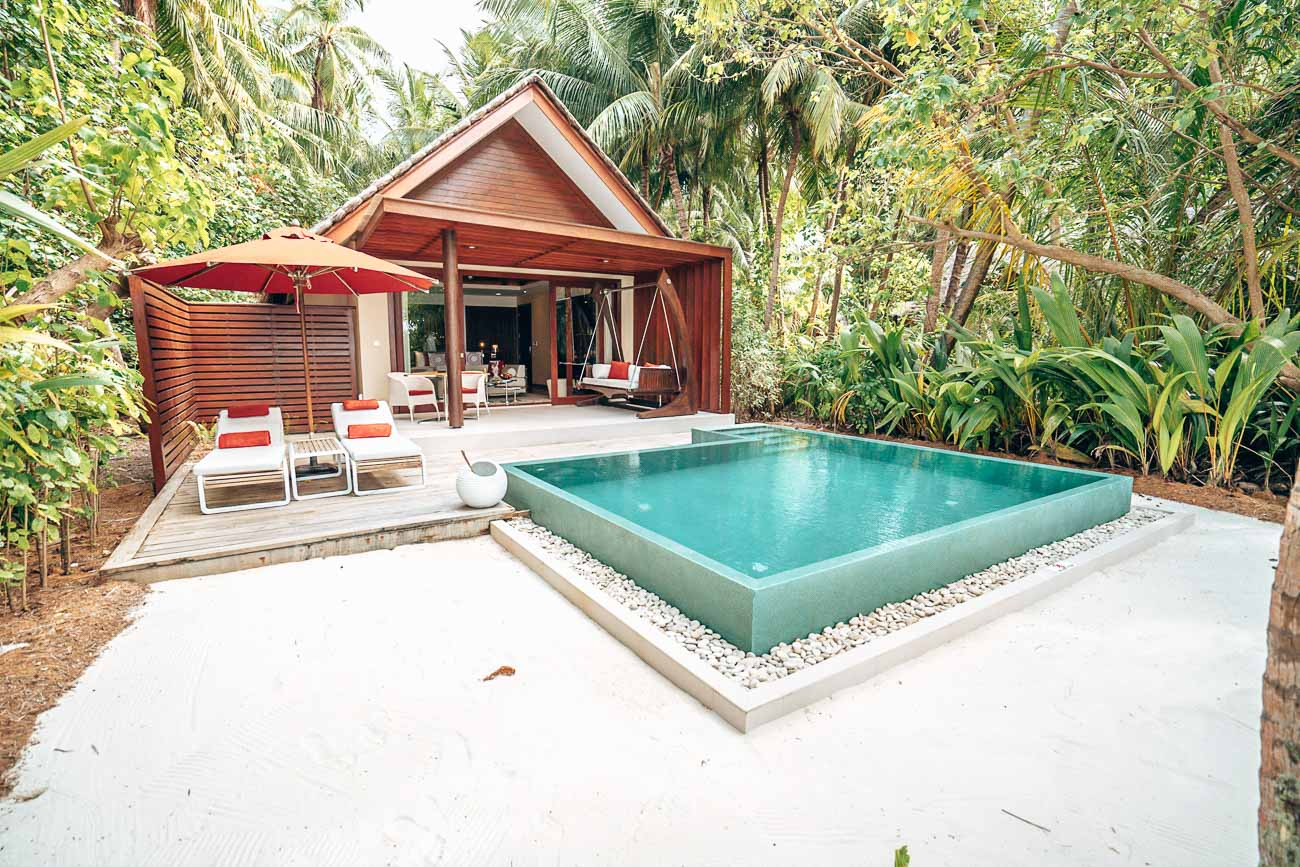 beach pool villa niyama maldives