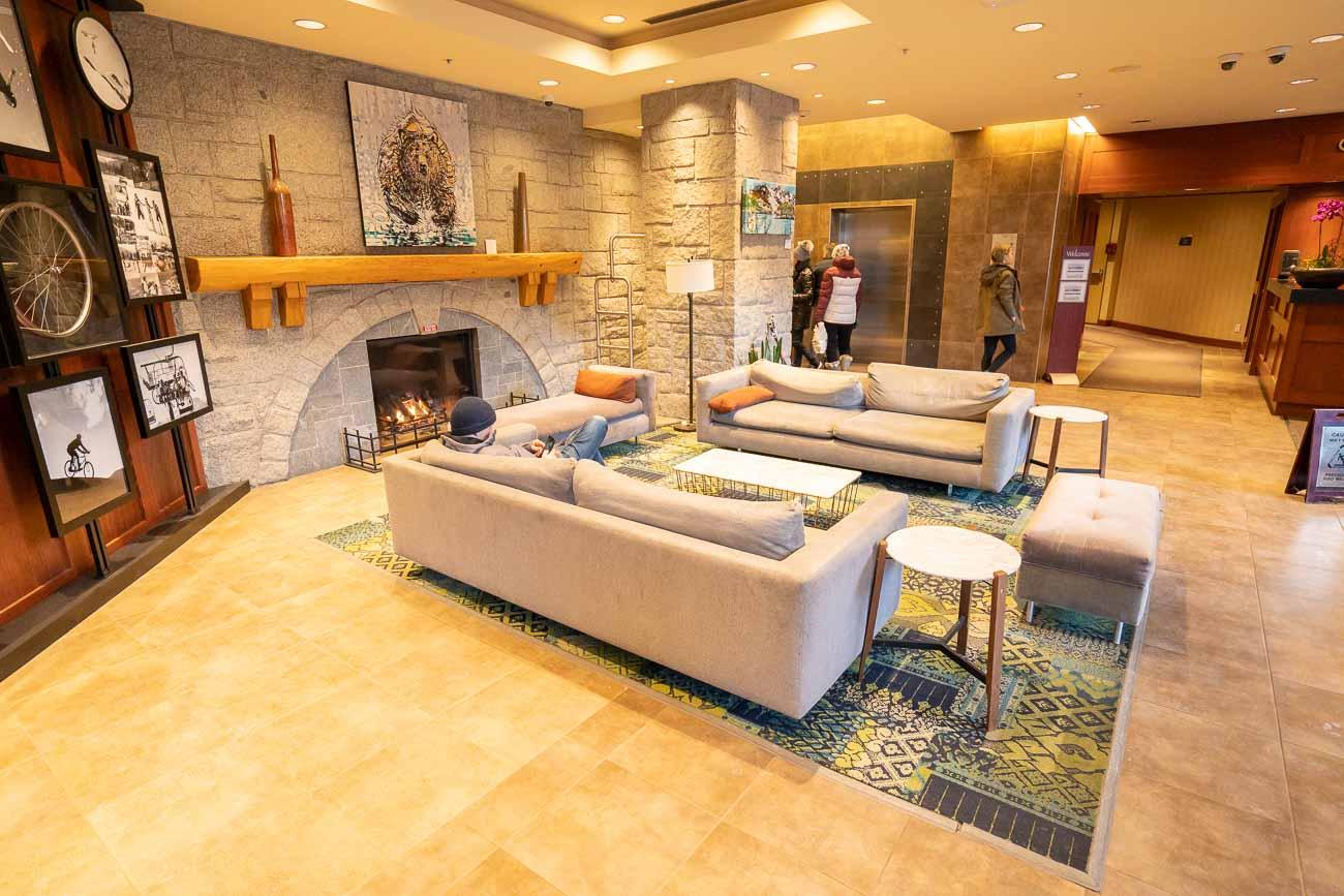 lobby crystal lodge