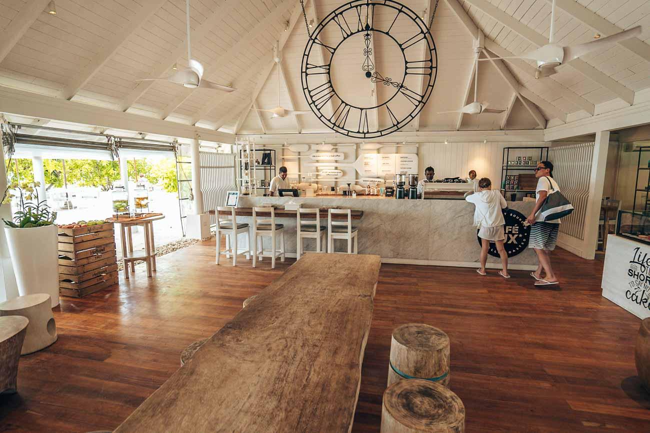lobby at lux south ari atoll