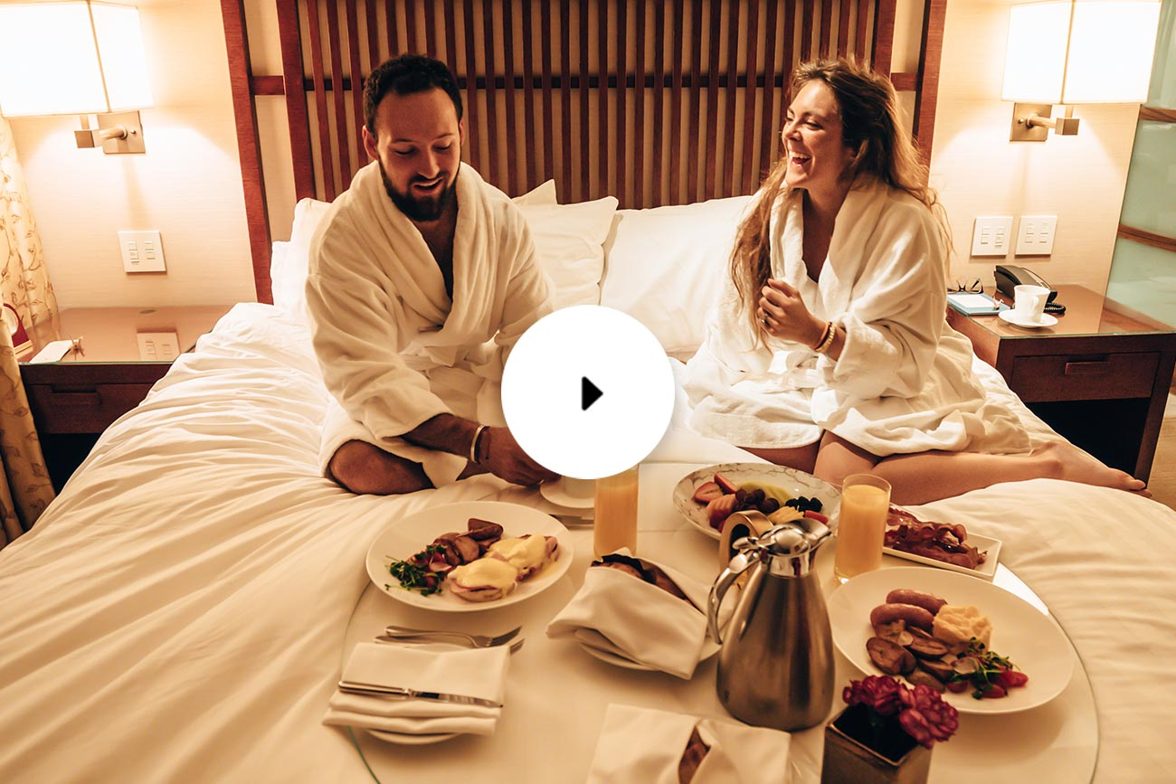 shangri-la breakfast in bed
