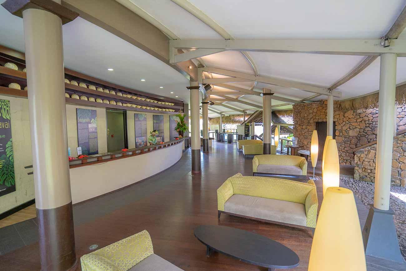 lobby at tahiti pearl