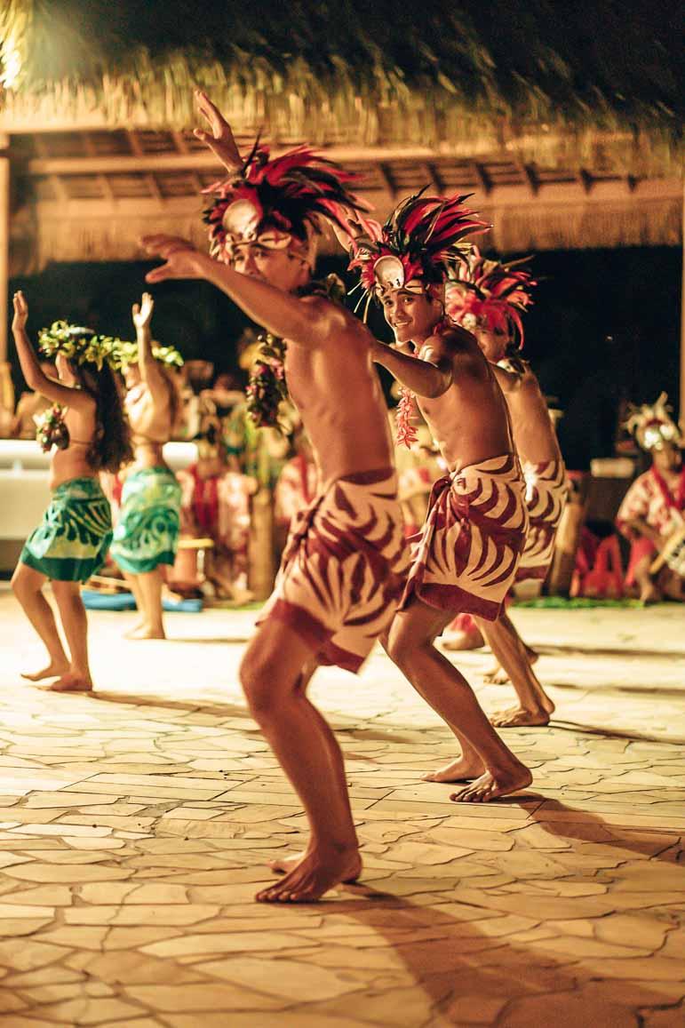 show at tahiti pearl beach resort