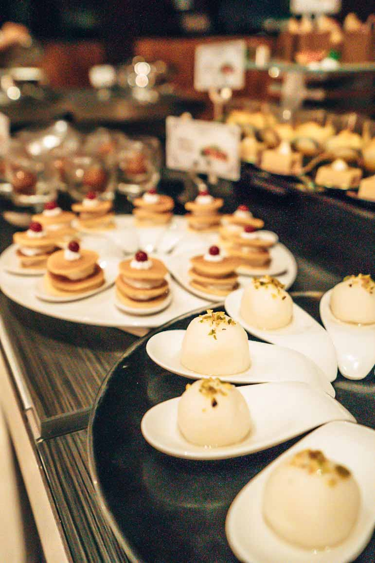buffet at The Residence Maldives