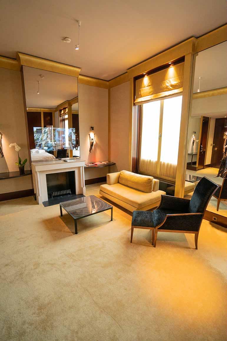 Park Hyatt Paris Deluxe Suite
