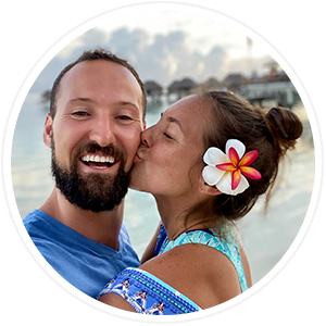 maren and max kissing in tahiti