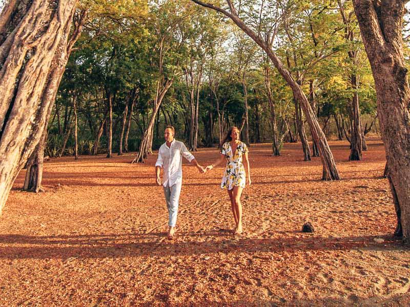 couple in papagayo beach