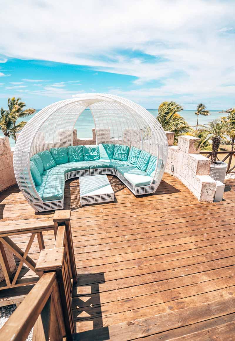 beautiful pool loungers