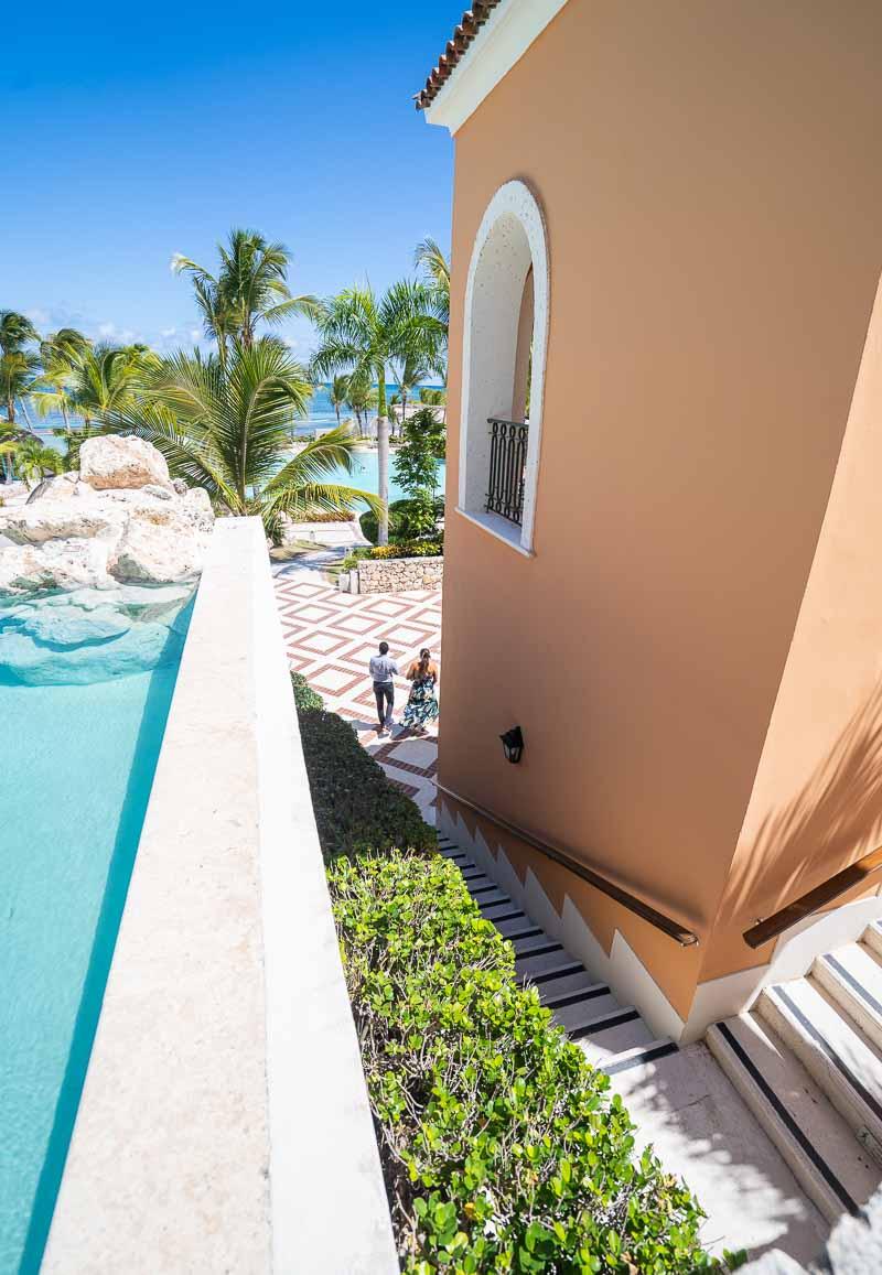 beautiful hotel grounds in dominican republic