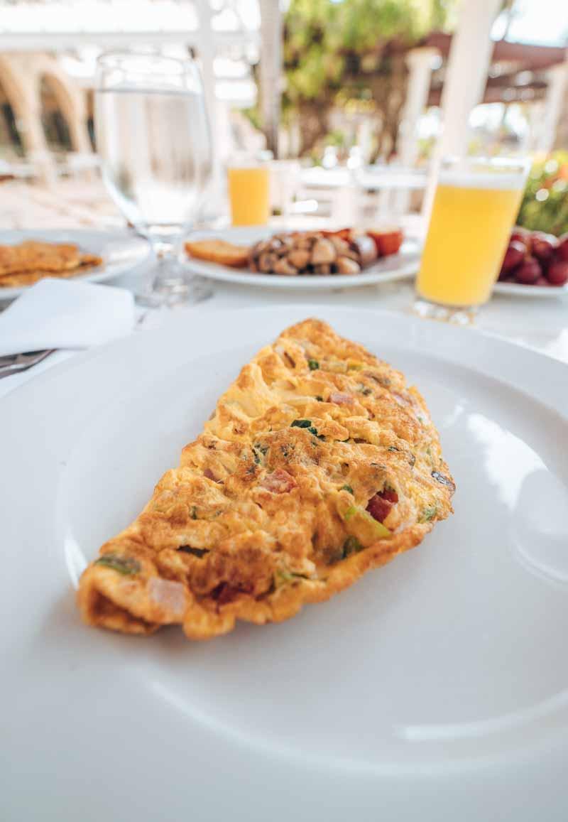 omelette at outdoor restaurant
