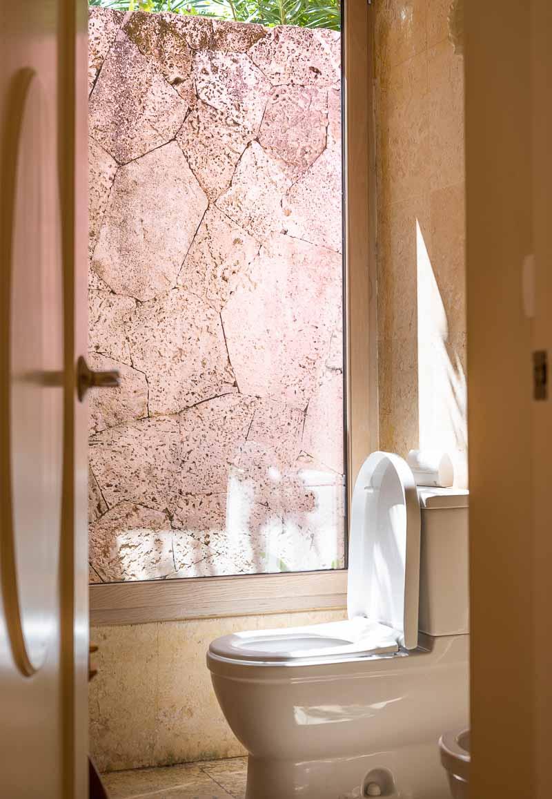 gorgeous hotel bathroom