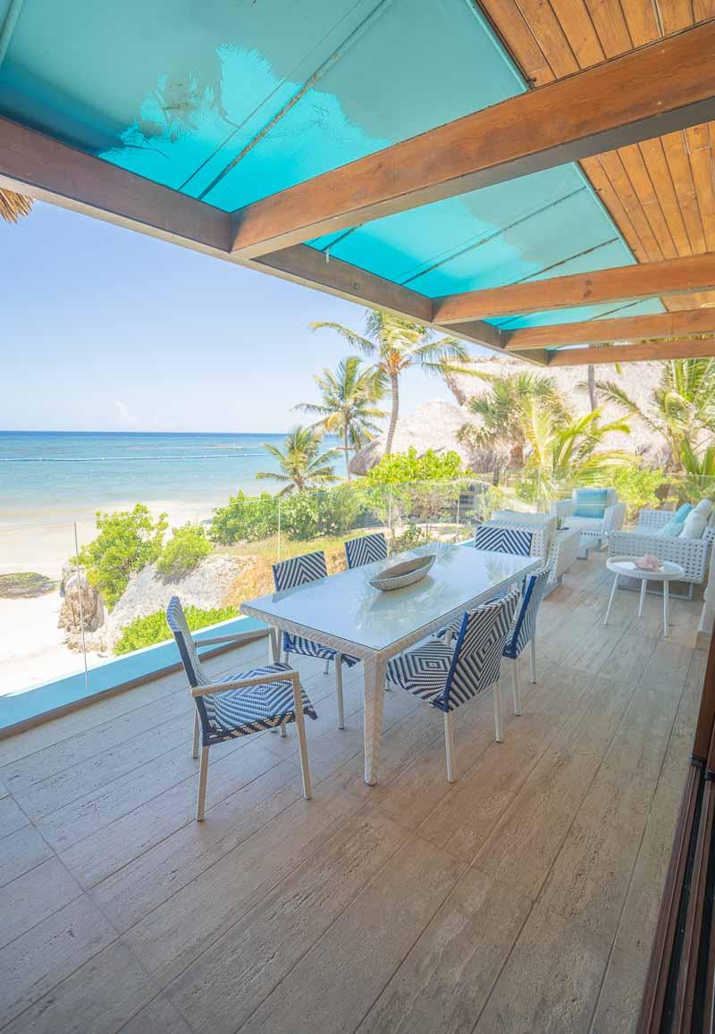 outdoor beach living