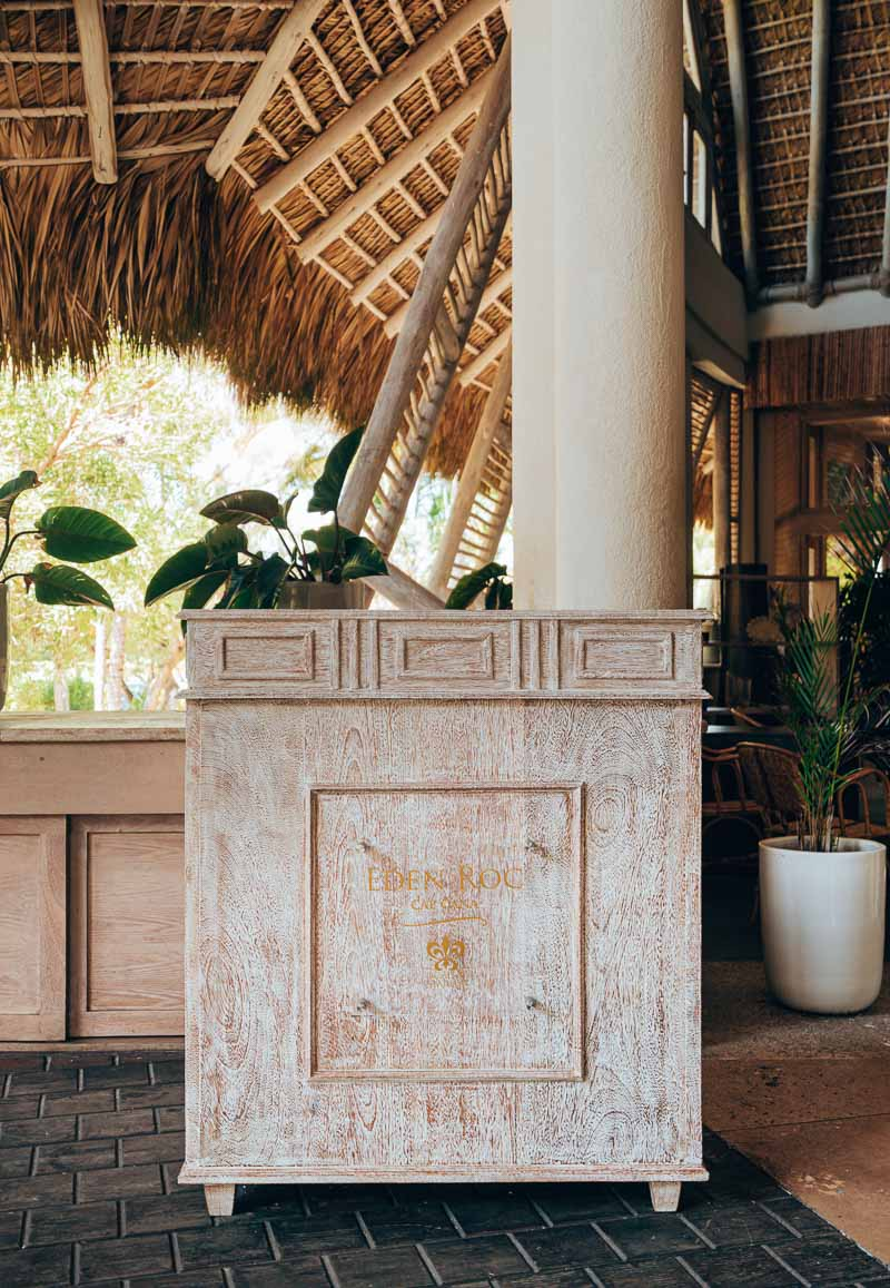 bell stand at hotel eden roc cap cana