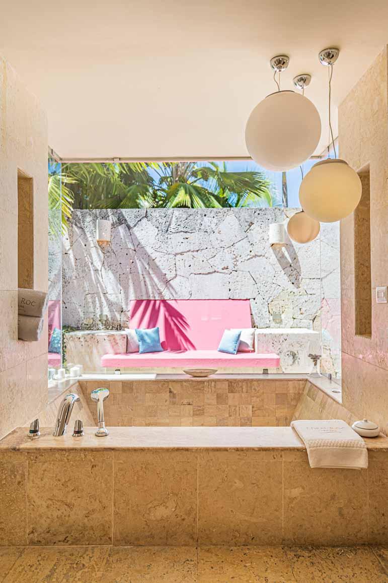 luxurious hotel bathroom