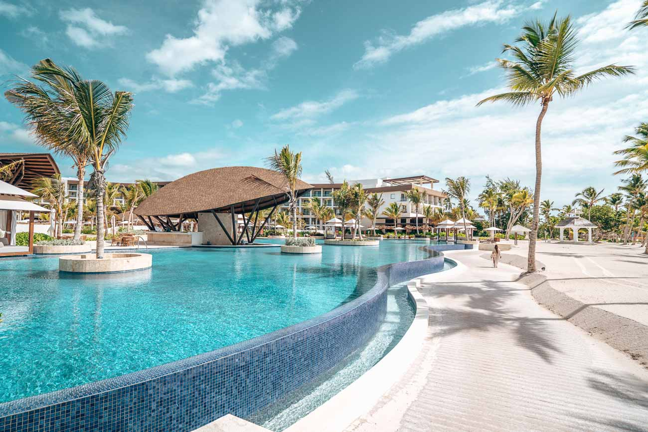 ziva hotel pool