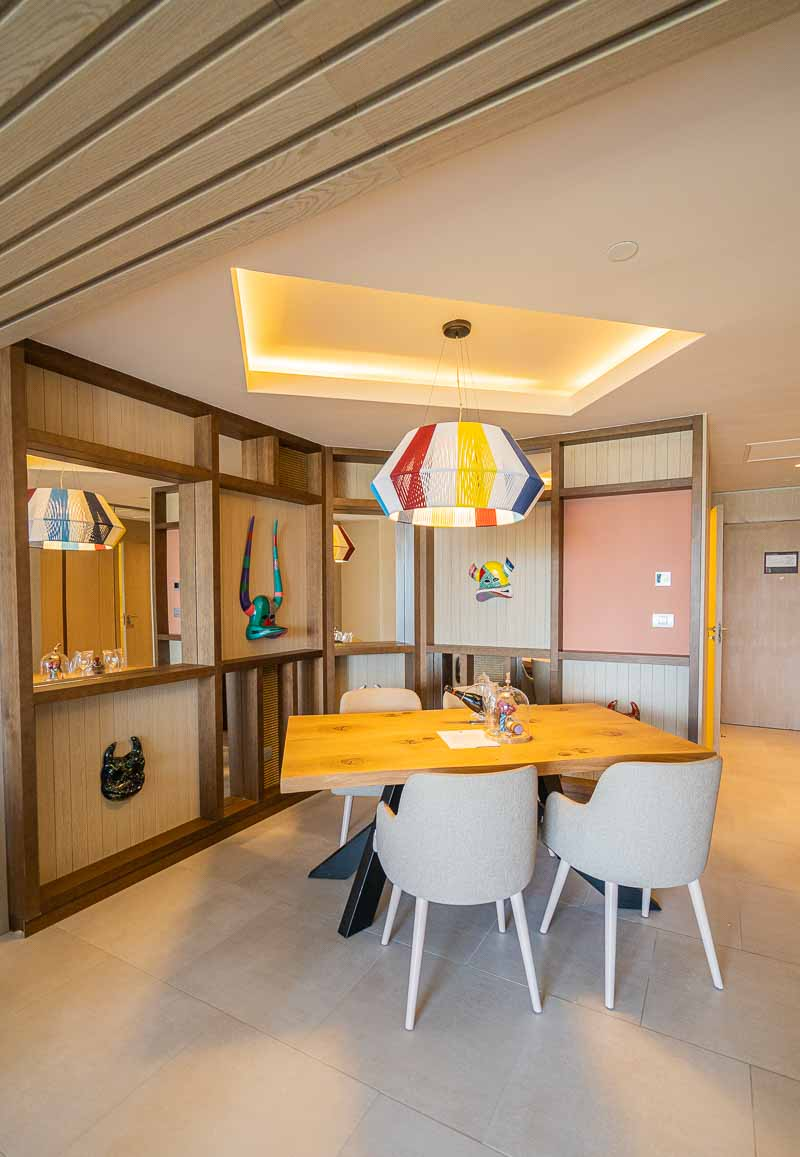 dining room in hotel suite