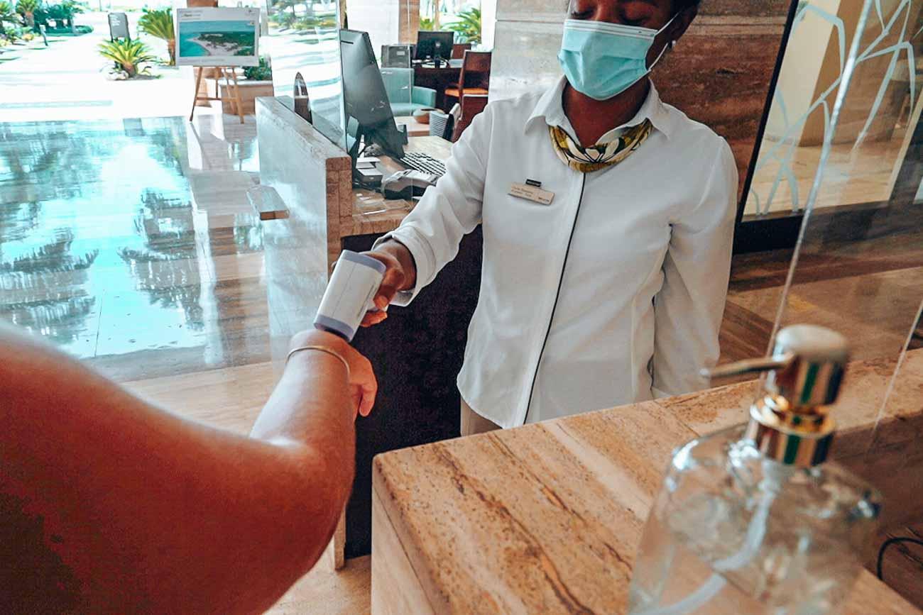 covid-19 hotel temperature check