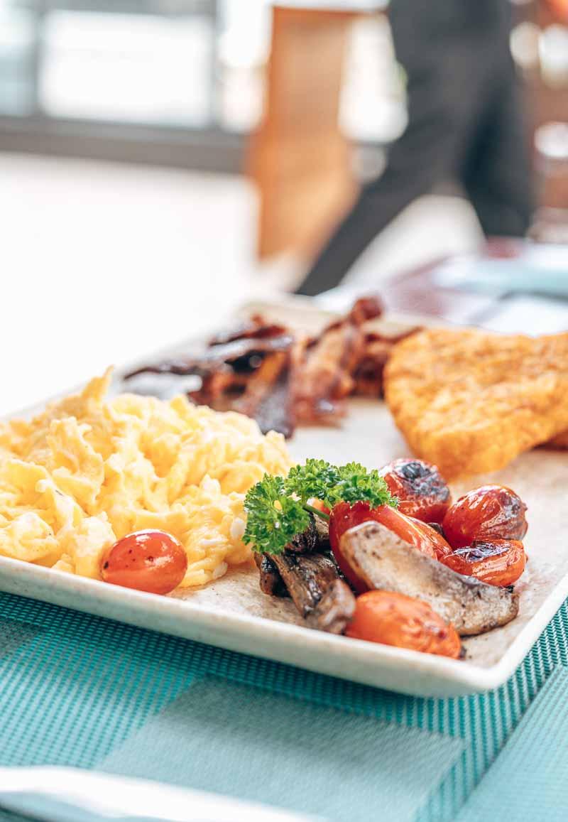 breakfast platter dining JW Marriott Santo Domingo