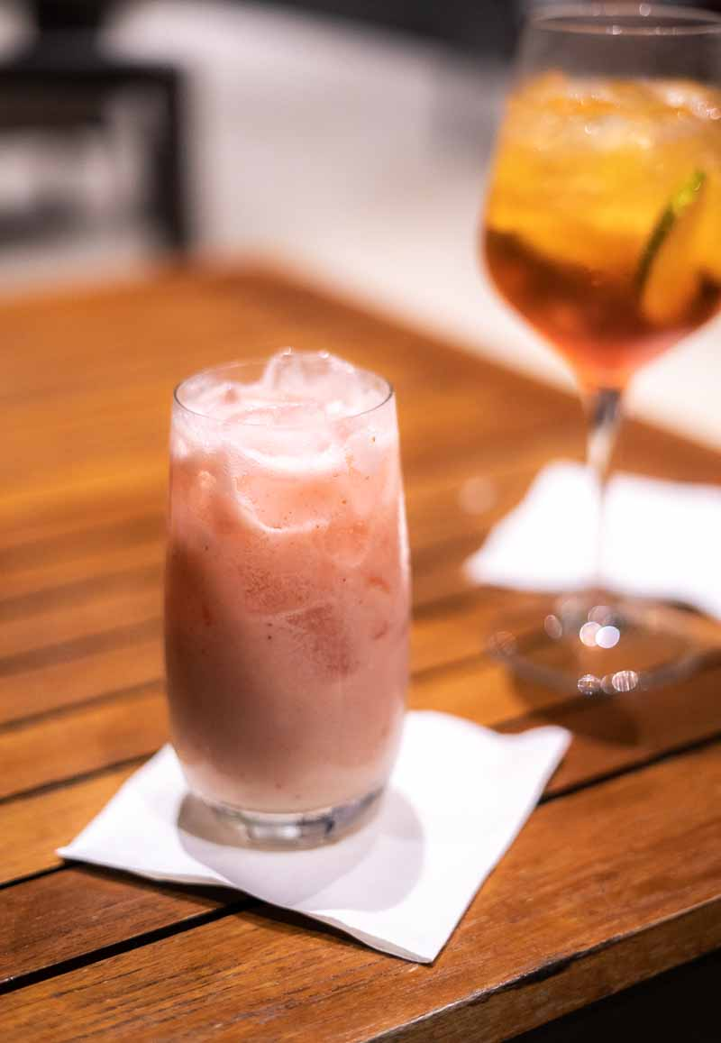 strawberry cocktail dining JW Marriott Santo Domingo
