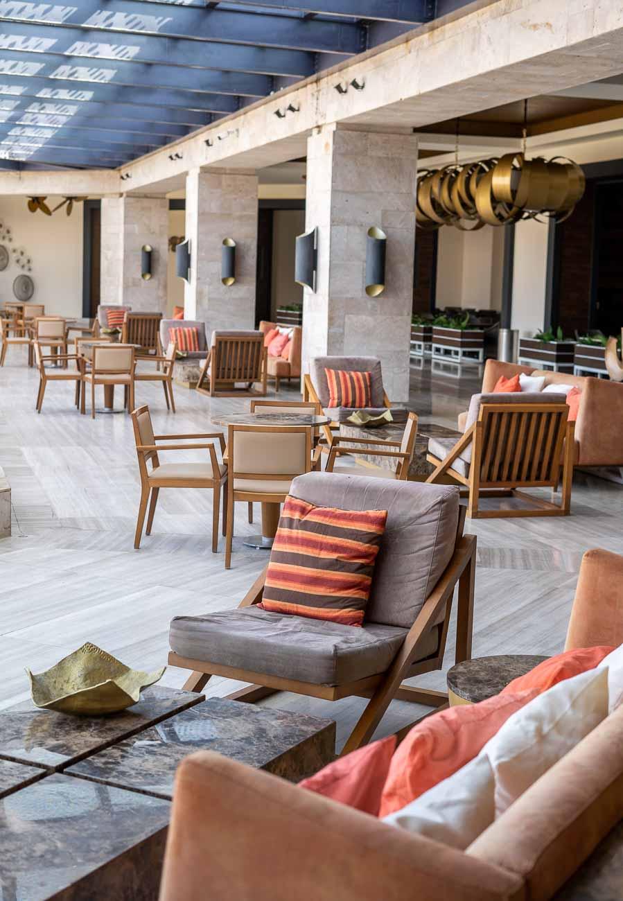 stylish hotel lovvy