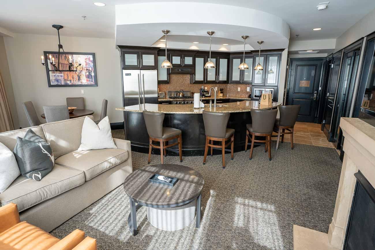 Waldorf Park City king bed suite