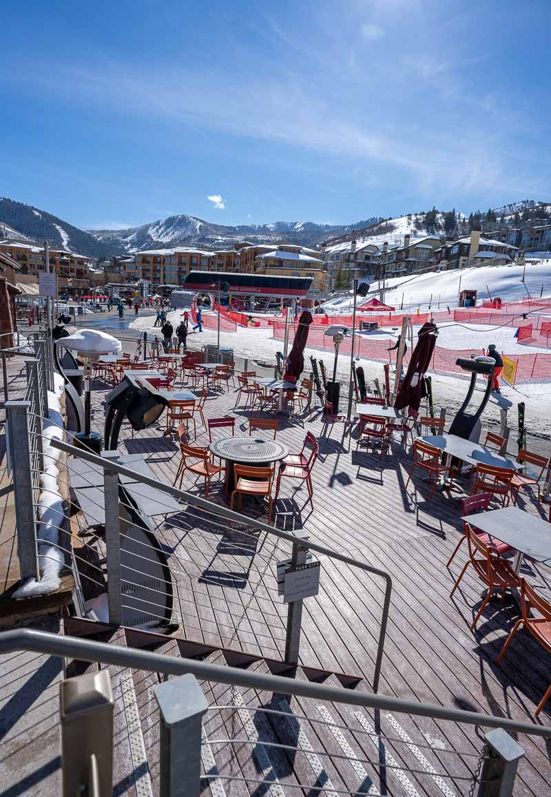 outdoor dining at grand summit park city