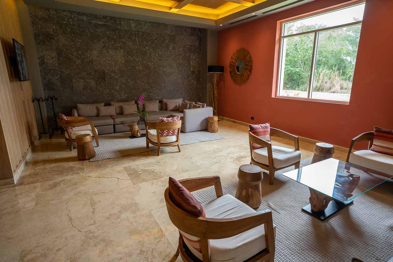 Hilton La Romana adults club lounge