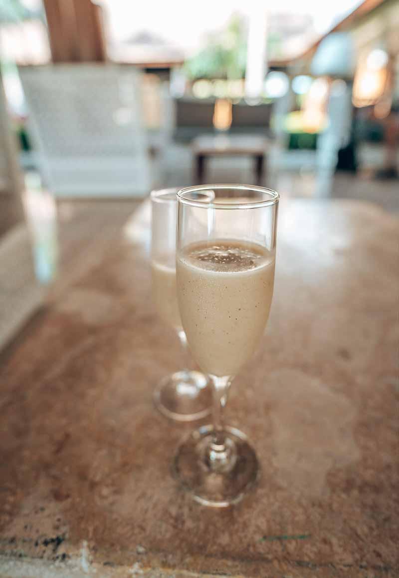 Grand Palladium Palace welcome drink
